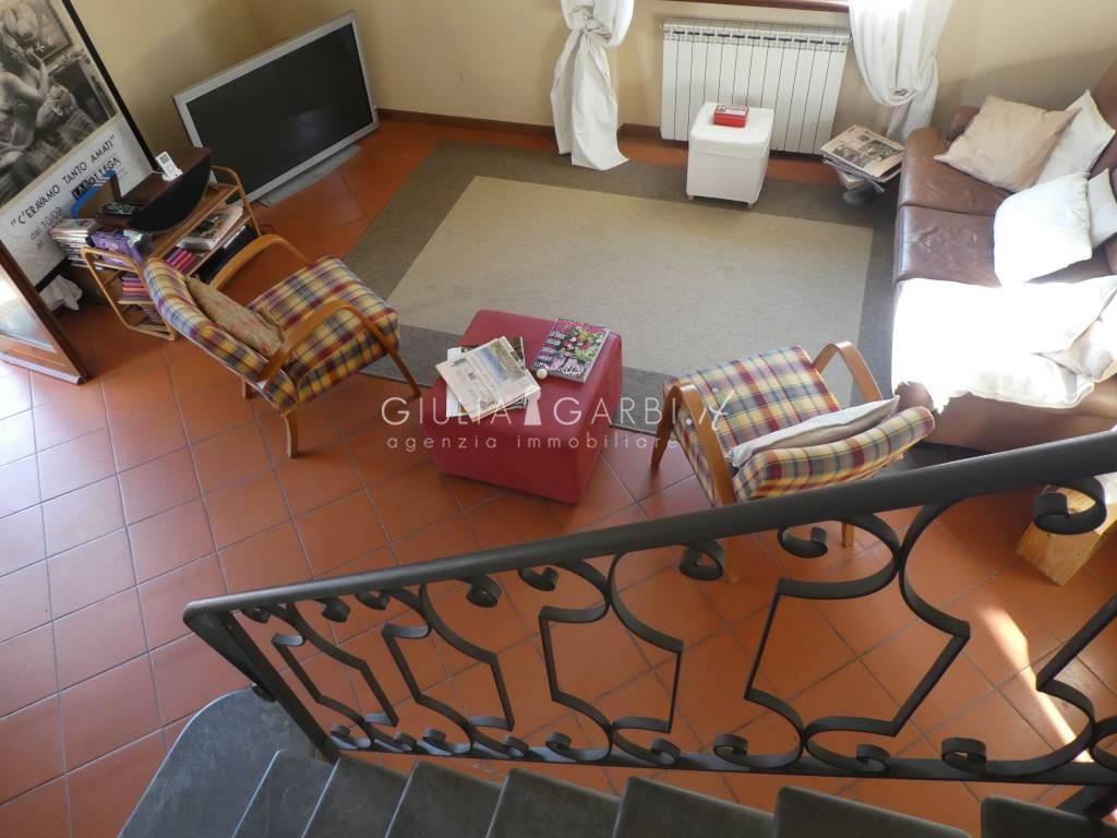 Toscana versilia marina di pietrasanta a casa di giacomo una vacanza chic relax dettaglio for Arredo giardino pietrasanta