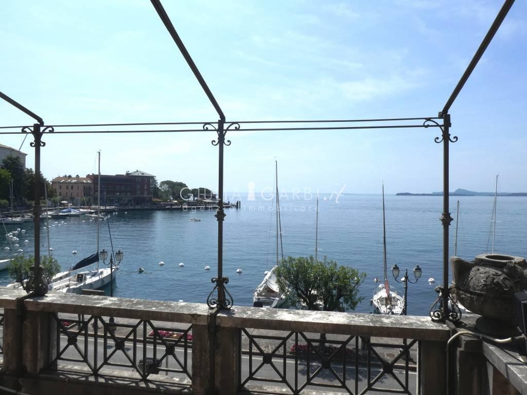 Lombardia toscolano maderno il fascino di un hotel belle epoque sul lago di garda dettaglio - Hotel giardino toscolano maderno ...