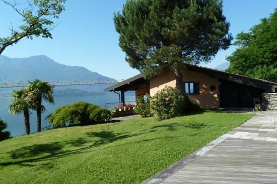 lago-como-gera-lario-villetta-con-piscina-e-sauna-92-2.jpg
