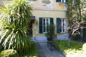 lago-como-laglio-appartamento-in-centro-con-terrazzo-giardino-box-16.jpg