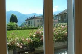lago-como-lenno-appartamento-con-giardino-in-villa-dei-tigli-4.jpg