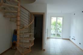 lenno-appartamento-trilocale-con-piscina-5.jpg