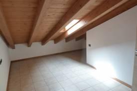 lenno-appartamento-trilocale-con-piscina-8.jpg