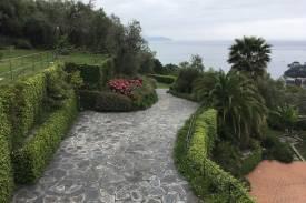 liguria-villa-lusso-rapallo-santa-margherita-vista-mare-e-piscina-10.jpg