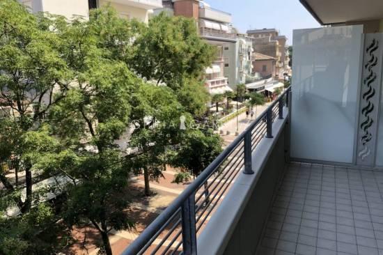 romagna-appartamento-nuovo-terrazzo-box-100.jpg