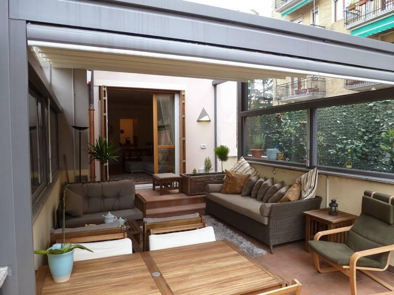 ... , bellappartamento di stile moderno con giardino, terrazzo e box